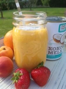 Zoete WK Oranje smoothie met mango en kokosmelk